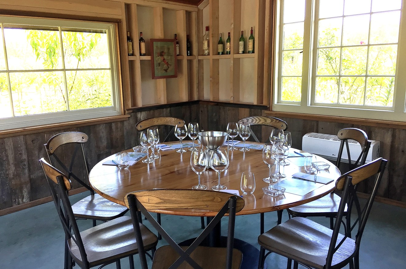 DaVero garden private tasting room