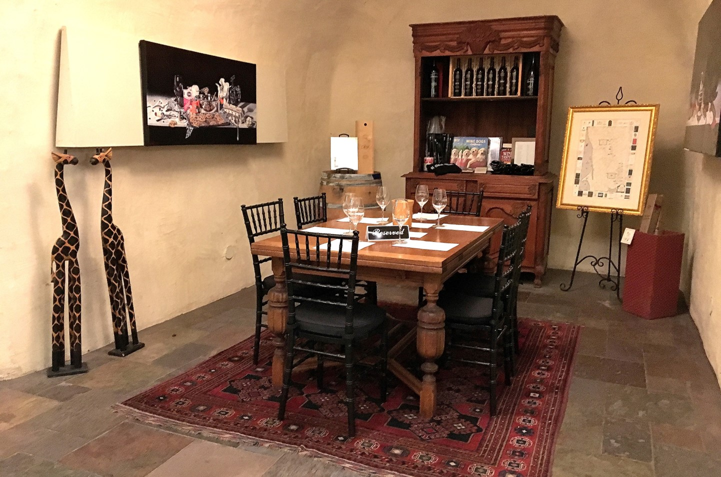 Deerfield Ranch Winery reserved tasting alcove